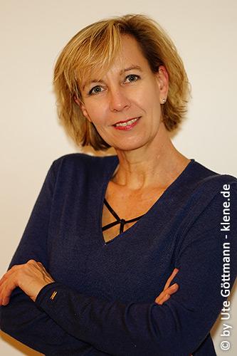 Frau Dipl.-Ing. Innenarchitektin Ute Göttmann